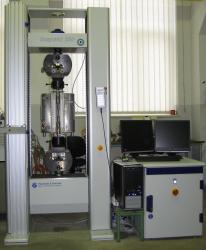 TÜV Nord MPA modernisiert Prüftechnik: Zugprüfmaschine ermöglicht Hochtemperaturversuche nach neuer DIN-Norm