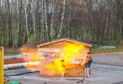 Brandgefährliche Weihnachtsbuden